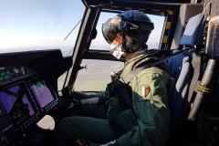 Personale di volo durante l'attività di trasporto materiale sanitario