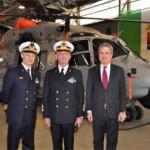 Il Capo di Stato Maggiore della Marina visita Maristaeli Luni e assiste alla consegna del 1° MH-90